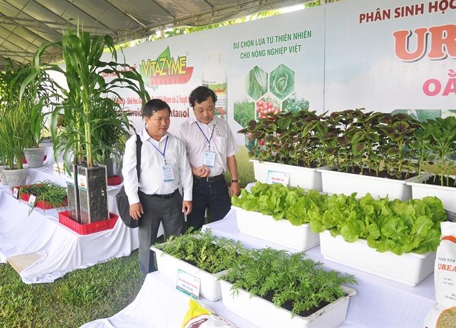 Sản phẩm cây trồng canh tác theo phương pháp hữu cơ sinh học.