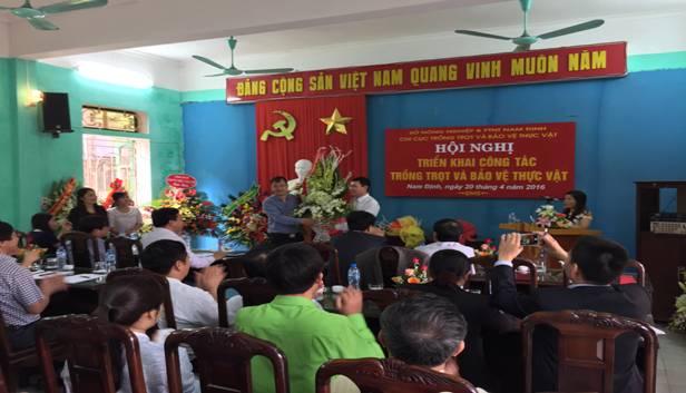 Các đơn vị tặng hoa chúc mừng Chi cục Trồng trọt & Bảo vệ thực vật Nam Định